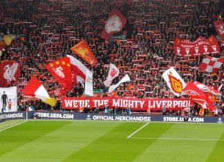 Liverpool-fansen feirer 4-0 seier over Barcelona. Foto: George M. Groutas